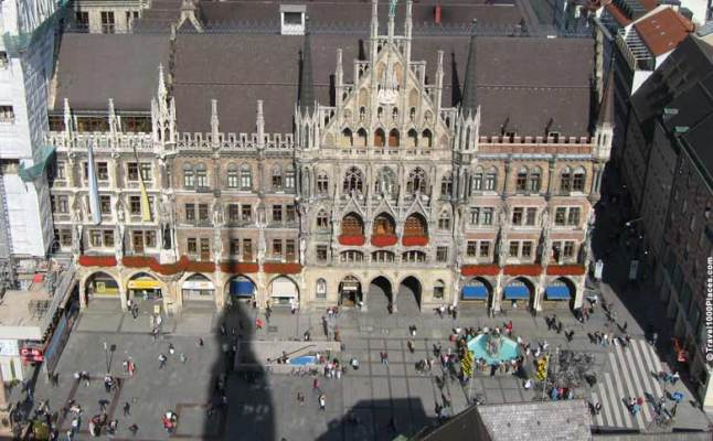 Marienplatz seen from Cafe Glockenspiel