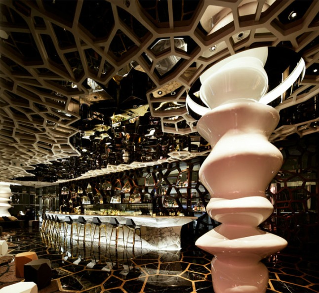 Ozone-The-Ritz-Carlton-by-Wonderwall-Hong-Kong