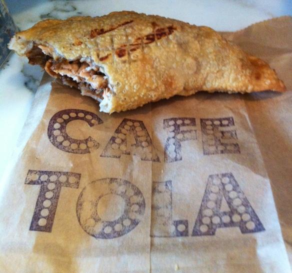 Mole con Pollo Empanada
