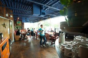 Ria's Bluebird Dining Room