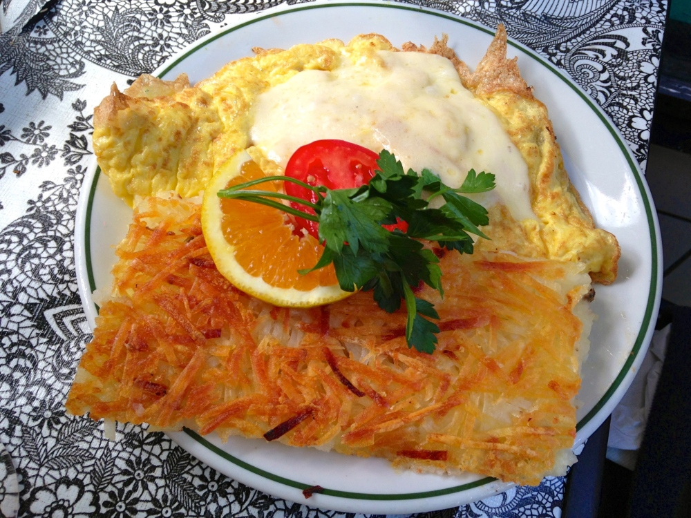 Tweet Heavenly Havarti Omelette