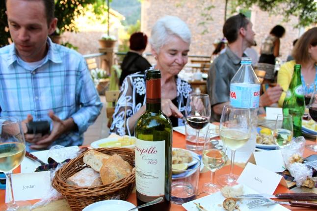 Xelini The Barrigón Dinner Scene