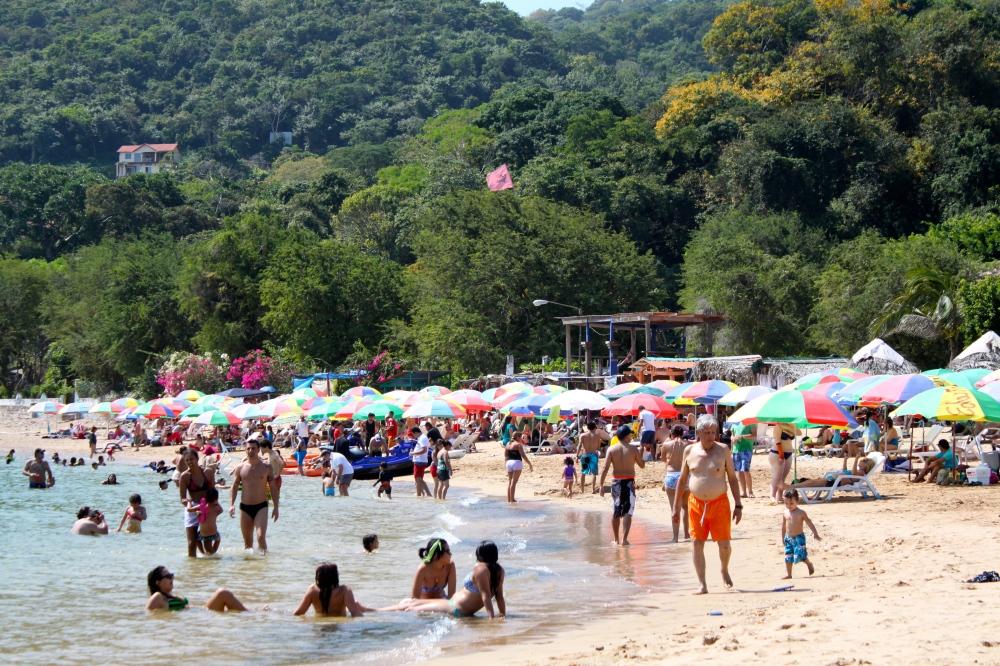 Isla Taboga Beach