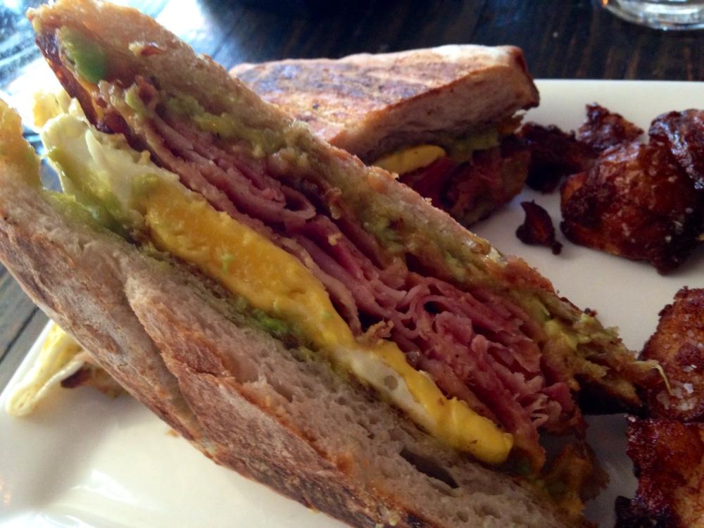 La Sirena Clandestina Breakfast Sandwich