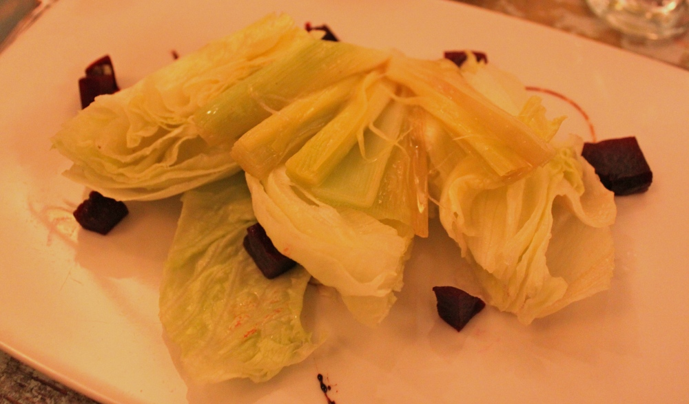 Las Clementinas Hearts of Iceberg Lettuce