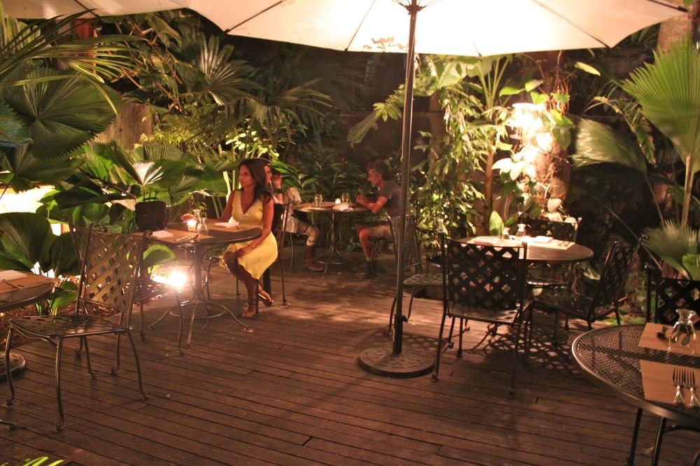 Las Clementinas Palm Garden