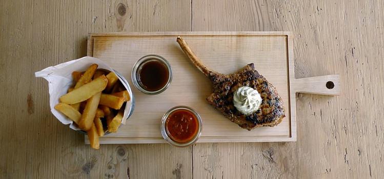 Image via theresa-restaurant.com