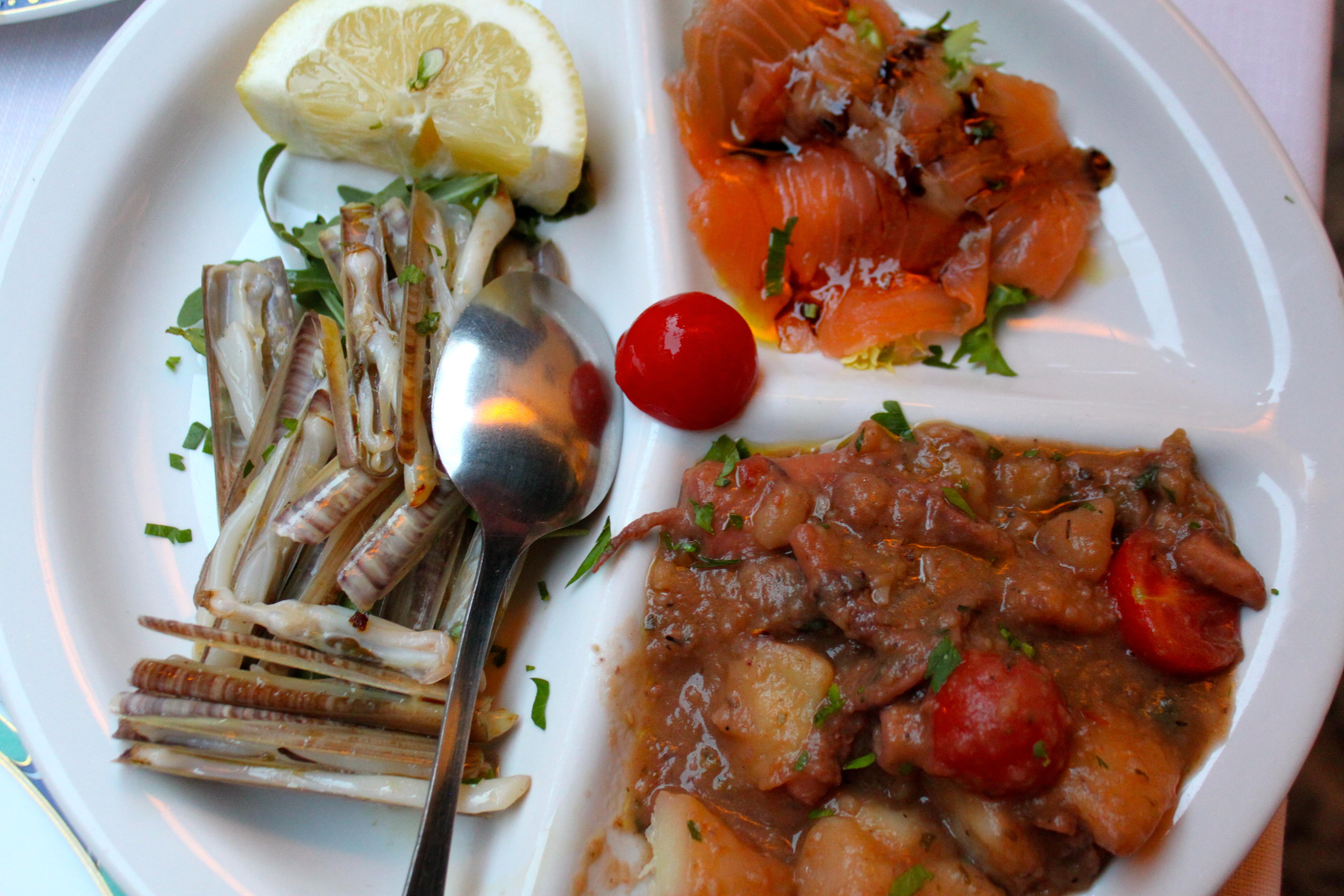 Dinner on the amalfi coast at osteria angelo masuccio for Amalfi coast cuisine