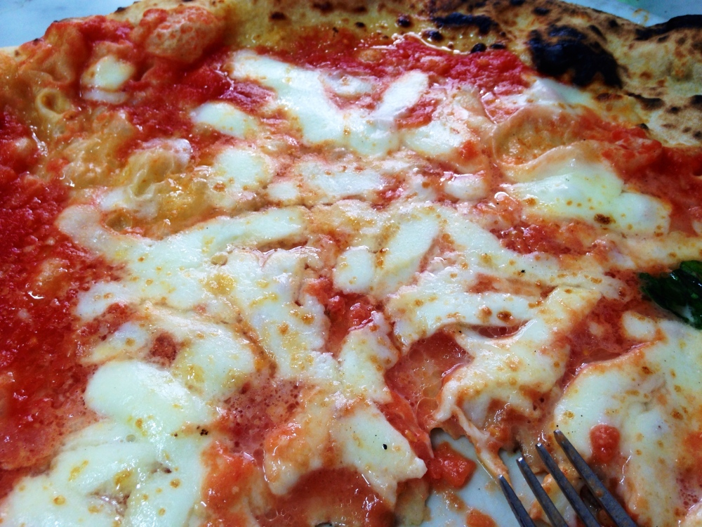 L'Antica Pizzeria Da Michele Napoli Margherita Close Up