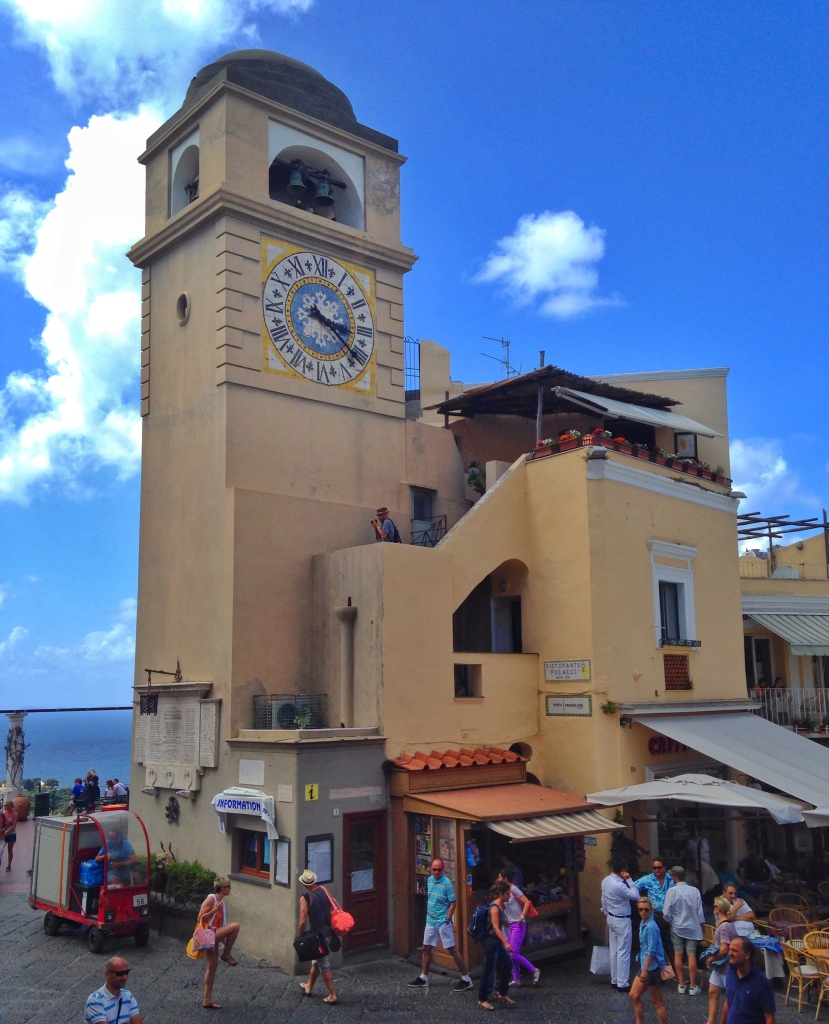 Pulalli Wine Bar Clocktower Capri